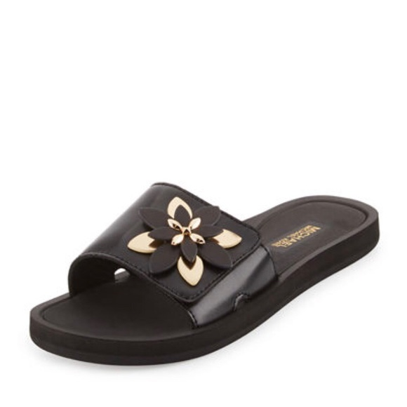 06ff6439ef71 Michael Kors Heidi Floral Slide Sport Sandal. M 5b02f8e7a825a673c6e83f7e